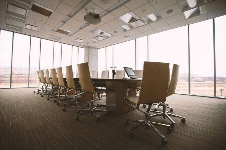 uso del vidrio en espacios laborales