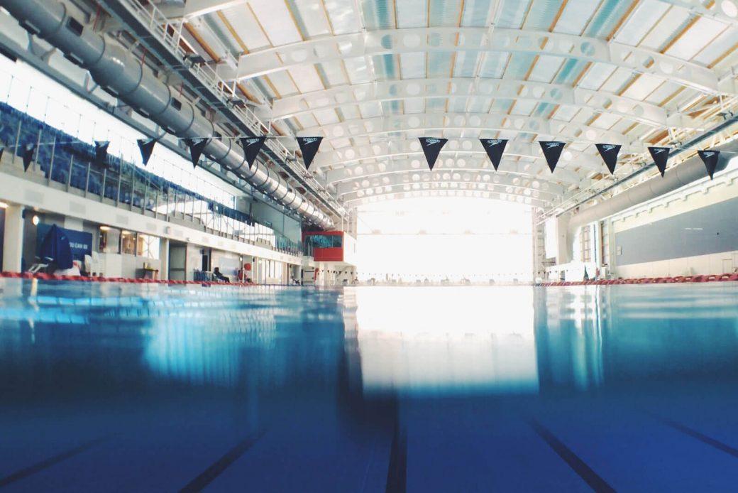 Vidrio templado en instalaciones deportivas