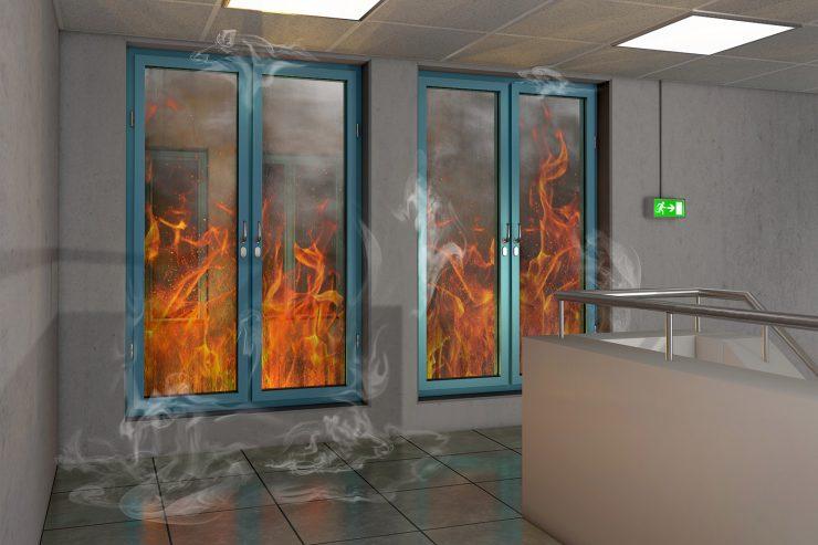 Cuándo instalar un vidrio anti fuegos