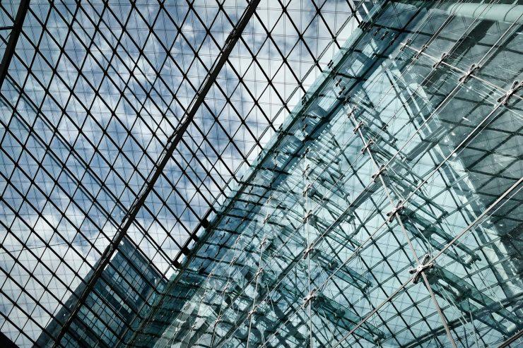 5 razones para usar techos de vidrio