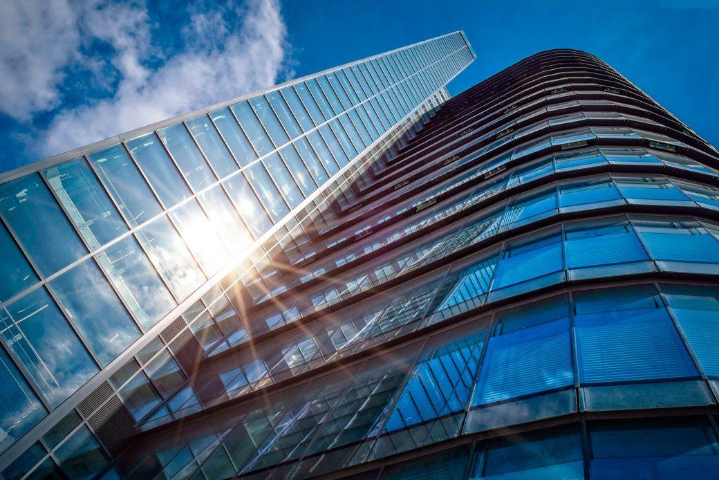 Vidrios para controlar la exposición solar
